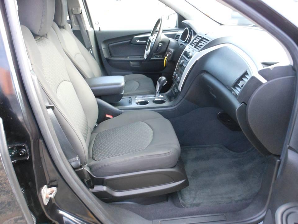 For Sale 2010 Chevrolet Traverse Lt Awd Denam Auto